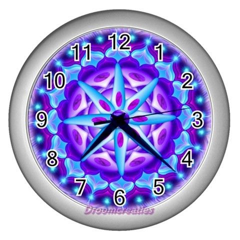 Wall clock Planula http://www.artravesupercenter.com/droomcreaties/?SectionCode=@Erin Whatley Lockerman