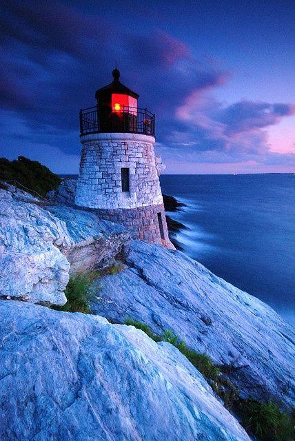 Love lighthouses