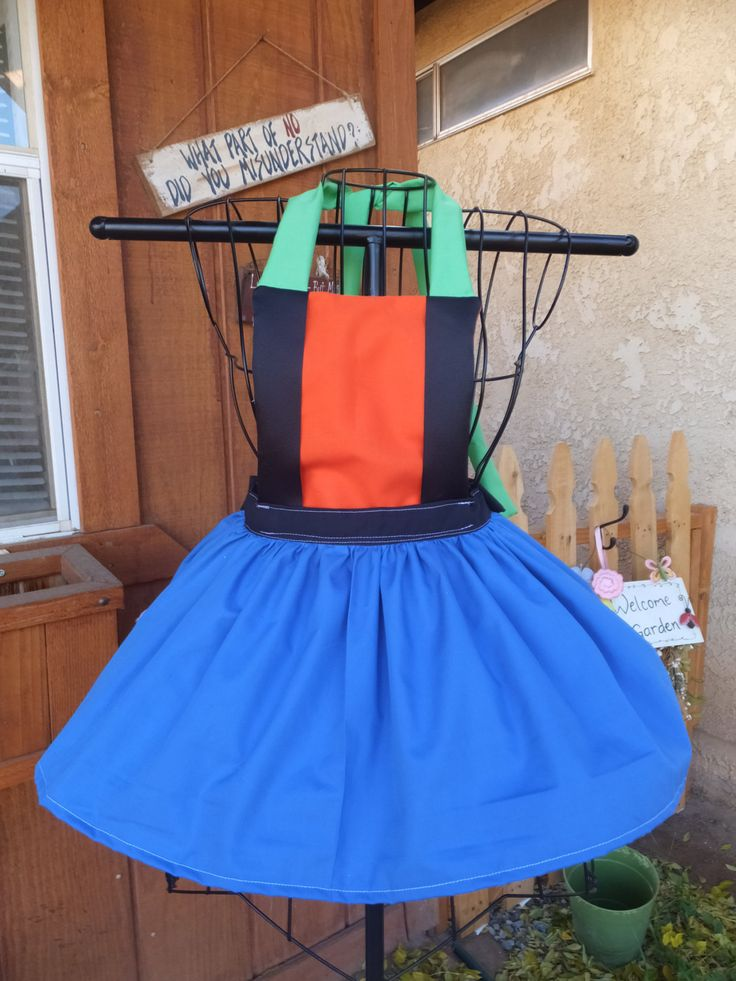 A real goofy dog Childs Apron by Josettesaprons on Etsy https://www.etsy.com/listing/169494781/a-real-goofy-dog-childs-apron