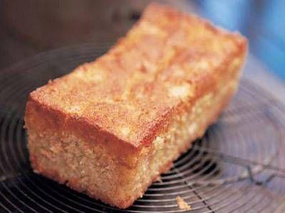 山本 麗子 さんの完熟バナナを使った「完熟バナナケーキ」。外側はカリッ、生地はふんわりしっとり。秘密は完熟したバナナを使うこと。口当たりよく、バナナの香りも濃厚に仕上がります。 NHK「きょうの料理」で放送された料理レシピや献立が満載。