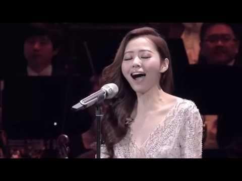 Джейн Чжан исполняет арию Дивы Плавалагуны из фильма «Пятый элемент»