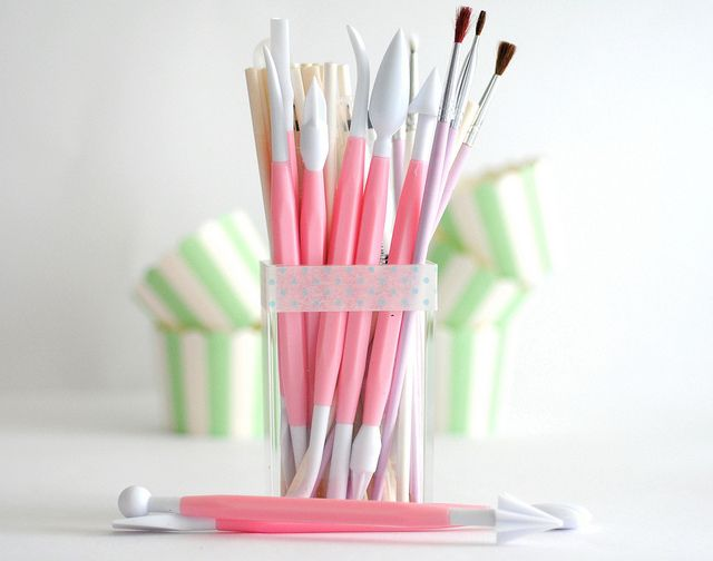 Essentials Of Cake Decorating : 17 Best images about Essentials of cake decorating on ...