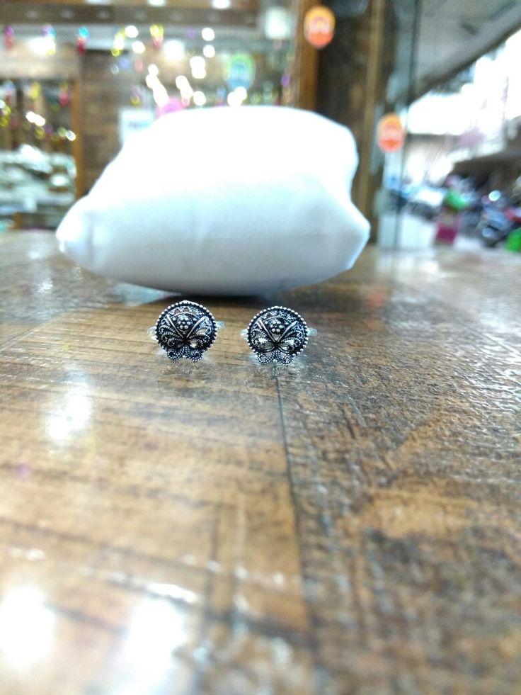 Get these new arrival  of Silver  Toe Rings made in pure silver..  WhatsApp 9272130130  www.facebook.com/silverjewelleryhut  Instagram username-silverjewelleryhut
