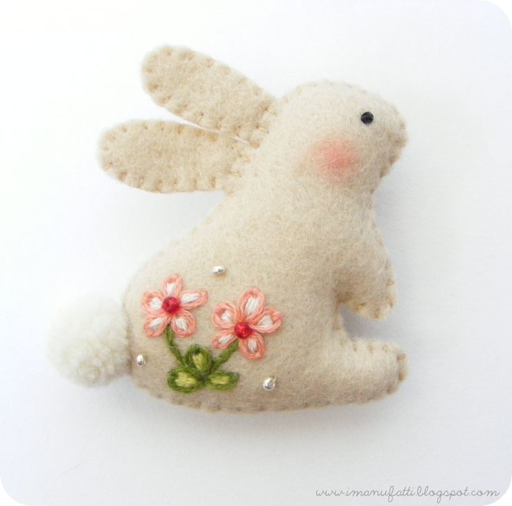 """Bunny Brooch ~ Tutorial & Pattern... This is so cute and simple! It would be adorable used as decorations for place settings, on flower pots, or hung from an """"Easter tree!!"""" It would also be a lot of fun to make them in assorted pastels!"""