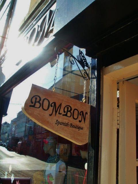 BOMBON handmade hanging sign