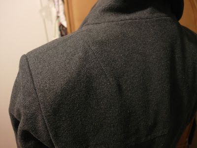 sewing addicted [*naehsucht]: Kleines Schulterpolster-Tutorial für den Winterjacken-Sew-Along