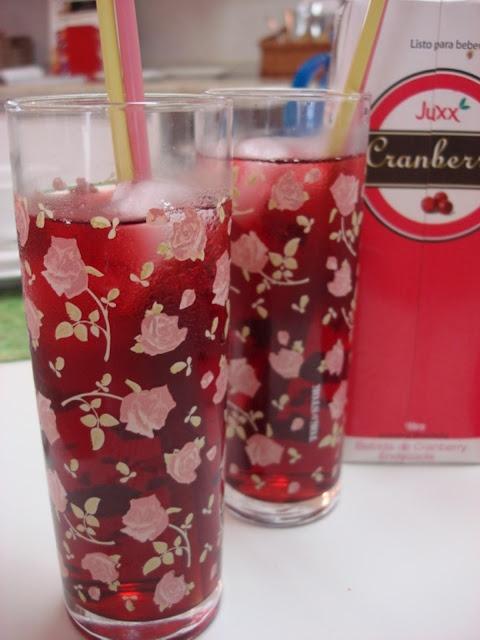 Suco de Cranberry Juxx no blog Panelinha da Fafah
