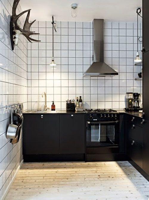 25 beste idee n over kleine keukens op pinterest kleine keuken oplossingen keukenkasten en - Kleine hoekkeuken ...