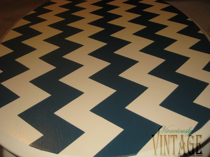Lazy persons guide to painting chevron stripes. Vivaciously Vintage: How to Paint Chevron Stripes