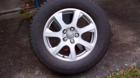 Audi Q5 Winter tyres and rims for sale