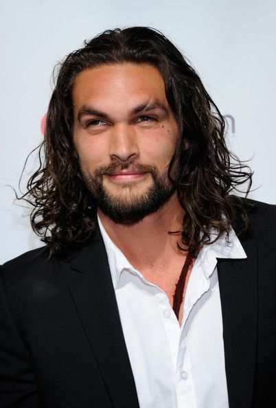 Jason Momoa is hot. And okay, Game of Thrones fans, can we just talk about when this man is made up like Khal Drogo for a tiny sec? Yes.