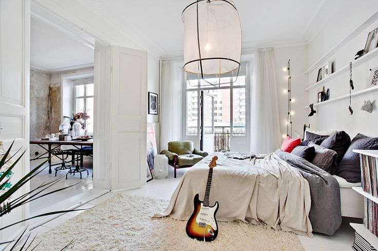 Airy, bright bedroom