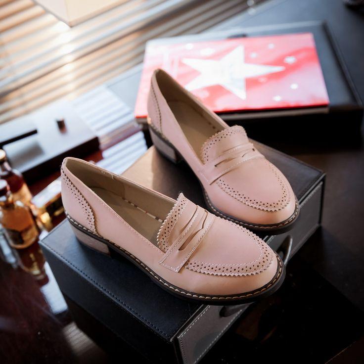 Новый 2017 Кожа Женщины Плоские Туфли Весна Осень Круглый Носок дизайнер Старинные Обувь Женская Мокасины Оксфорд Обувь Для Женщин Плюс размер купить на AliExpress