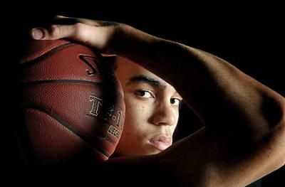 Senior Picture Poses for Golf | Apple Valley's Tyus Jones poses for portrait on Sunday, January 27 ...