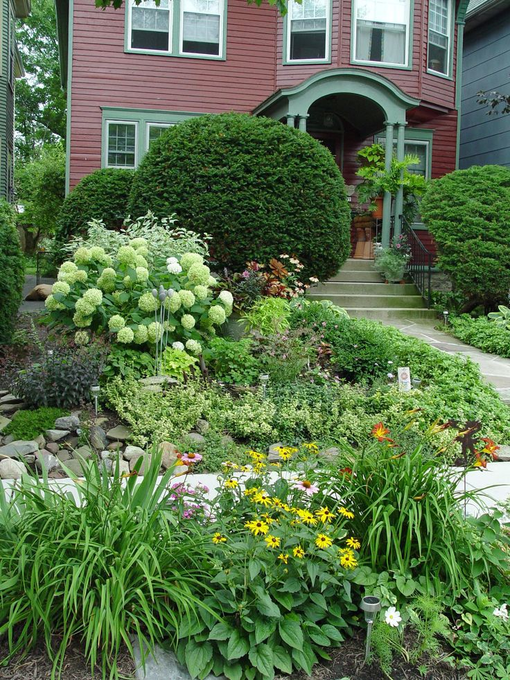 265 best garden images on pinterest for Natural grasses for landscaping