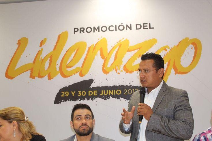 Carlos Torres Piña, presidente del Comité Estatal del PRD, dijo que es importante que el instituto político tenga cuadros preparados en los cabildos que representen la línea política del partido ...