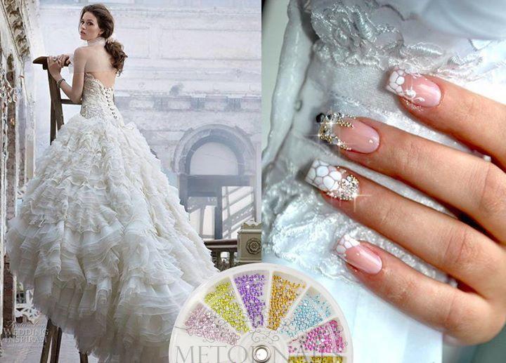 Zou jij deze Bruids Nagels ook willen?  Gebruik de strass rhinestones van Metoe Nails: http://www.metoenailsforyou.nl/a-28190896/strass-steentjes-strass-bedels/strass-rhinestones-1-5-mm-12-kleuren/