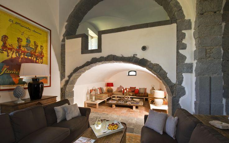 Think Sicily Rocca delle Tre Contrade living room - copyright Moreno Maggi