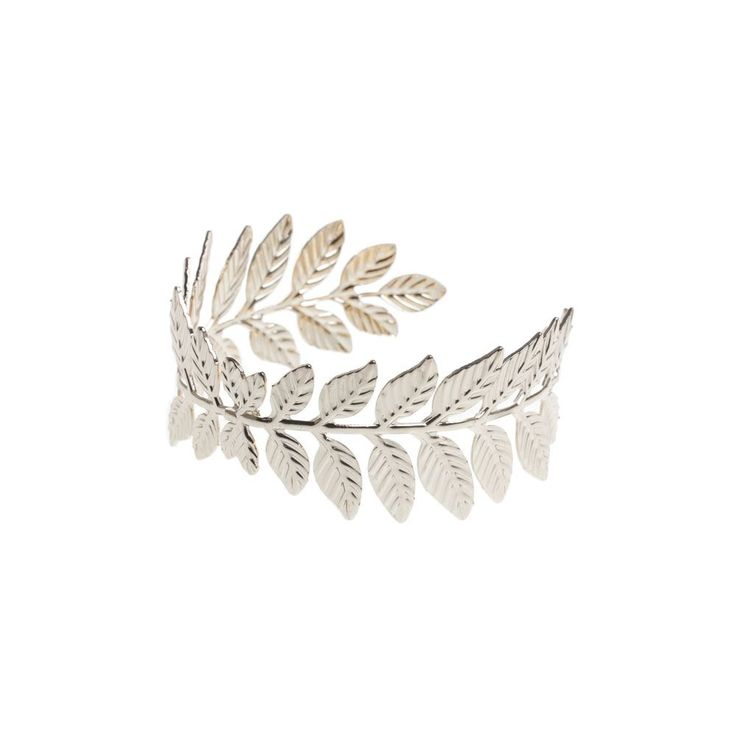 The cutest accessory for you bun, this hair piece can be dressed up or down for any occasion