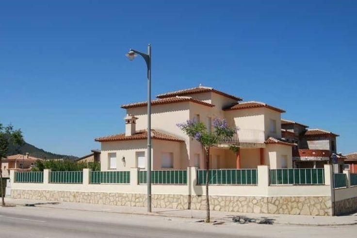 Villa met een privé zwembad is een feest. Gelegen in Pego (Alicante) Spanje, al te huur vanaf 75 euro per nacht.