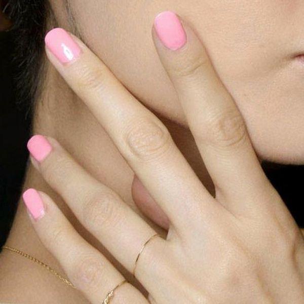 Ροζ νύχια: Το hot trend για το Καλοκαίρι 2014