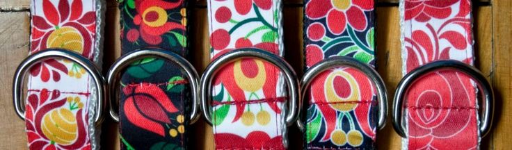 "Wuff Dog Collar, traditional hungarian ""Kalocsai"" collection http://www.wuffcollars.com/en/item/Hungarian_Tulips_Collar-103"