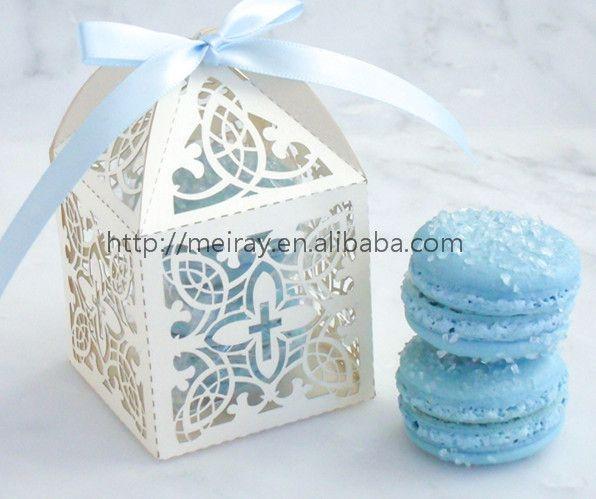 Hete verkoop cake medeplichtige voor eerste communie geschenken lasergesneden feestartikelen franse macaron doos van mery ambachten(China (Mainland))