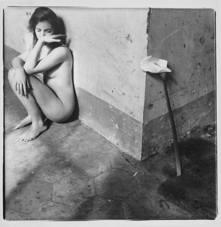F.WOODMAN  |  UNTITLED  |  1977-1978  |  ROME, ITALY  |  #FrancescaWoodman            | 1958-1981       |