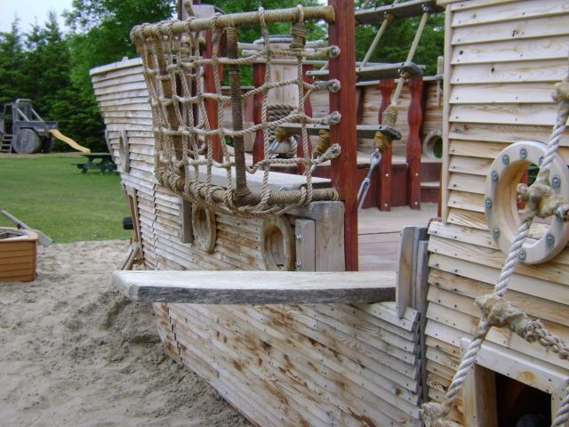 Playground: Pirate Ship