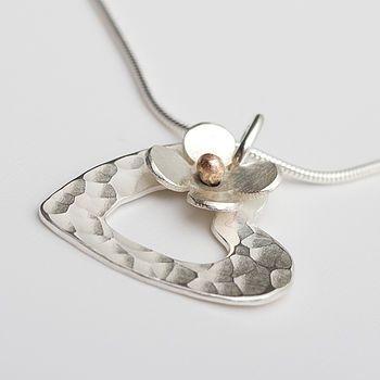 Porthleven personalizado corazón de plata y colgante de la flor