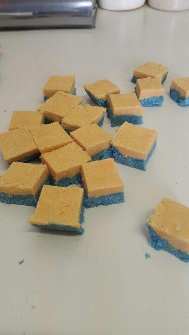Minions colour coconut ice