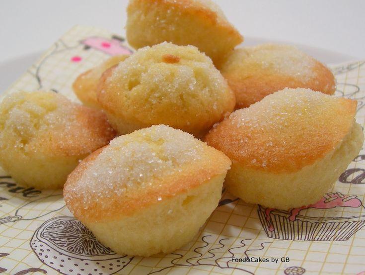 FOOD & CAKES: Mini magdalenas de nata (Versión Thermomix y tradicional)