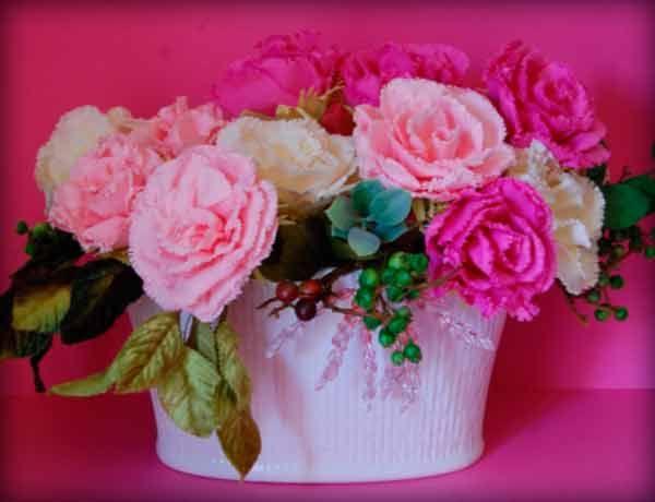 Создание цветов из бумажных салфеток