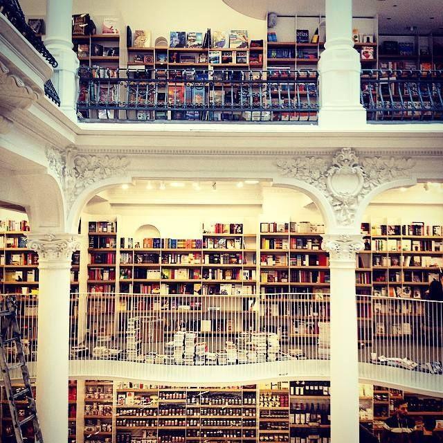 Cărturești Carusel Bookstore in Bucharest | #amazing #bookstore | photo by Cătălina Miciu