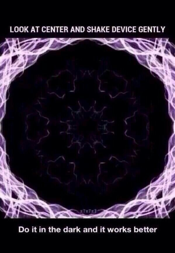 Look at the center and shake lol I been doing this for 5 minutes so weird
