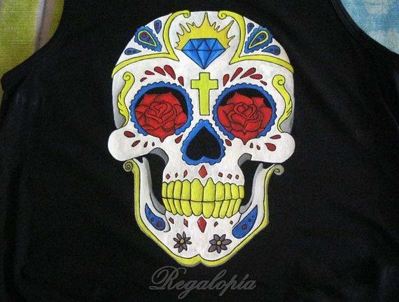 """Handpainted Tank top """"Mexican skull"""" / Camiseta de tirantes """"Calavera mexicana"""" pintada a mano por Regalopia en Etsy €20.00"""