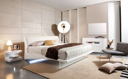 Volterra Contemporary White Floating Bed w/ Lights