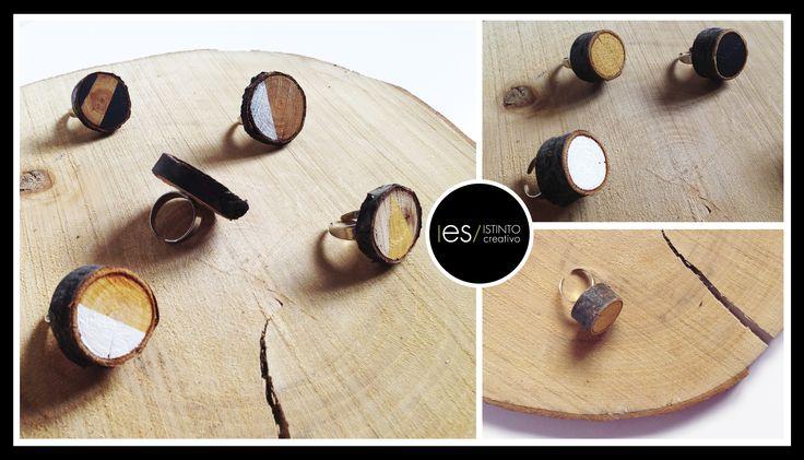© 2015 I es / ISTINTO creativo  creatività fatta a mano per info o ordini esistinto@gmail.com Solitario regolabile, in legno naturale di diverse misure. L'anello è impreziosito da un tocco di colore, dipinto a mano. È realizzato a mano, le imperfezioni sono caratteristiche di unicità. #esistintocreativo #handmade #follow #newcollection #wood #color #design #eco #minimal #gift #solitario