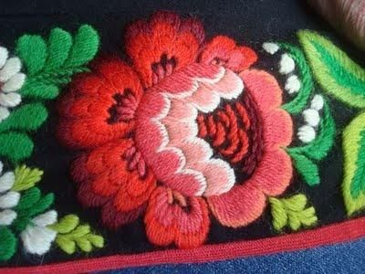 double-d-ranch: embroidery detail