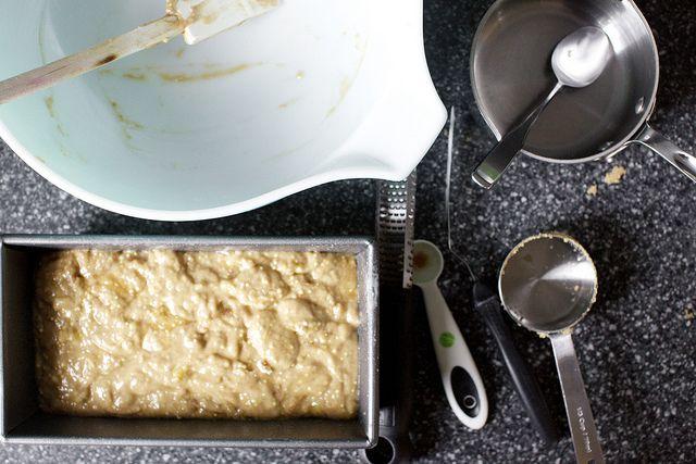 Crackly Banana Bread by Smitten Kitchen | Yummy | Pinterest