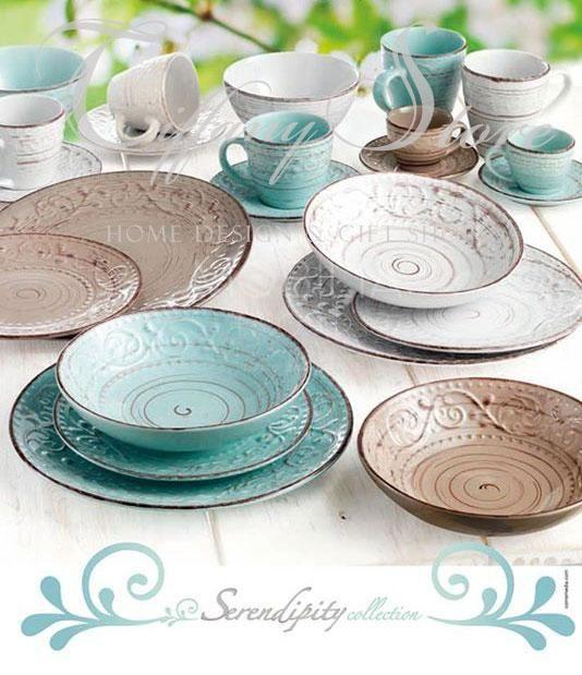 Servizio di 18pz piatti Serendipity firmati Brandani, realizzati in resistente stoneware, disponibile nei colori turchese, bianco e tortora. In promozione € 79.50