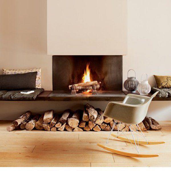Une cheminée banquette / Fireplace / Un coin cheminée au style convivial
