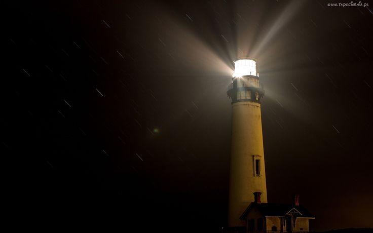 Latarnia morska, Noc
