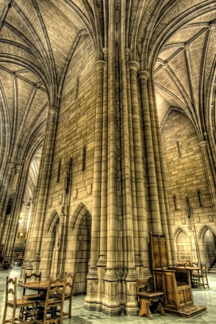 Pittsburgh, PA – Cathedral of Learning, Pittsburgh University (HDR) - Talke Photography. Great picture...