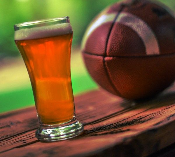 College sports embracing beer sales