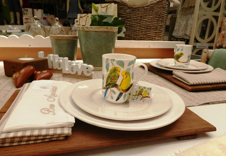 Beautiful Maxwell Williams crockery, luxurious tableware and unique home decor available at Beach House Interiors & Homeware.