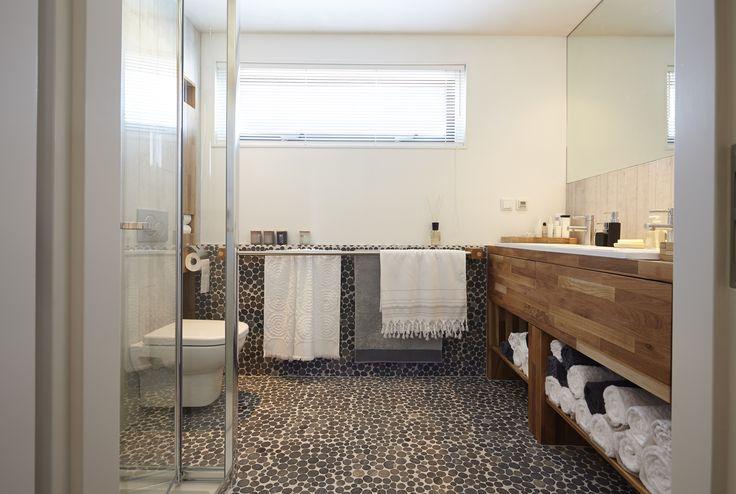 eigen huis en tuin praxis de badkamer is een plekje in huis waar je helemaal kunt ontspannen. Black Bedroom Furniture Sets. Home Design Ideas