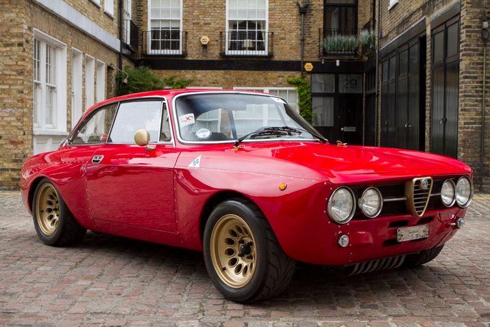 R Types Set Lap Time At The Nurburgring Alfa Romeo