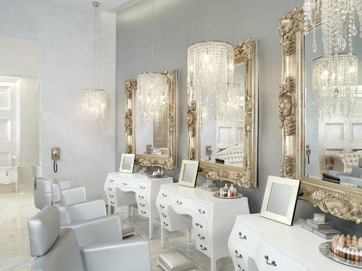 Salon Interior Makeup