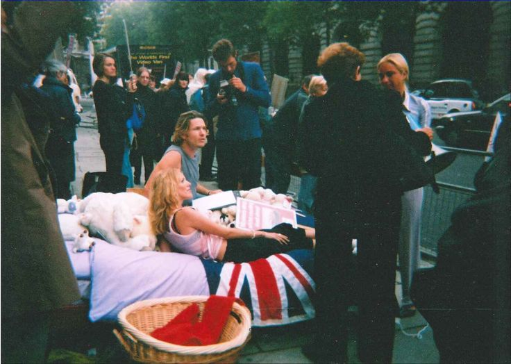 The protest attracted media attention  (Old photo)